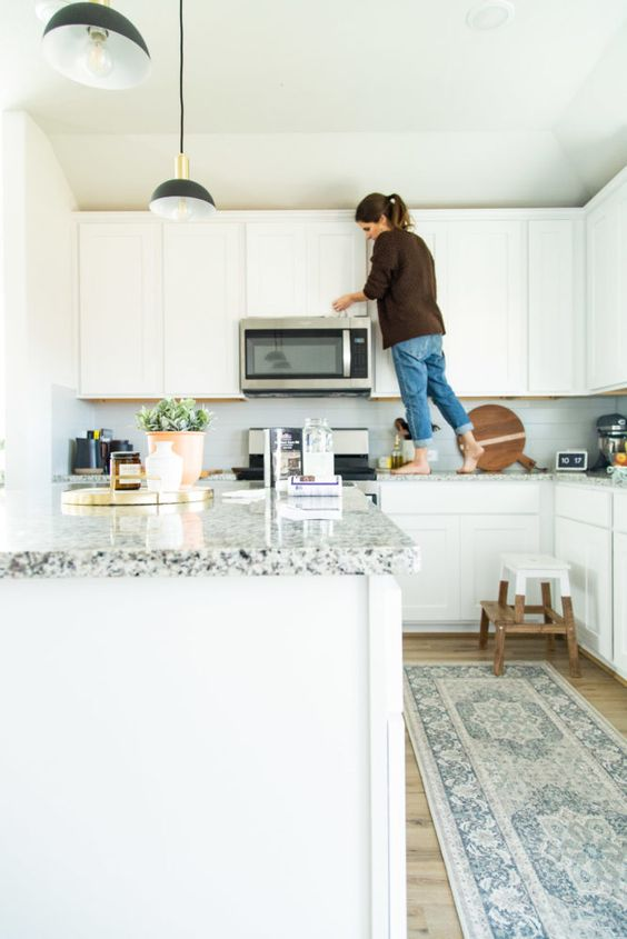 Tips and tricks for keeping white cabinets clean