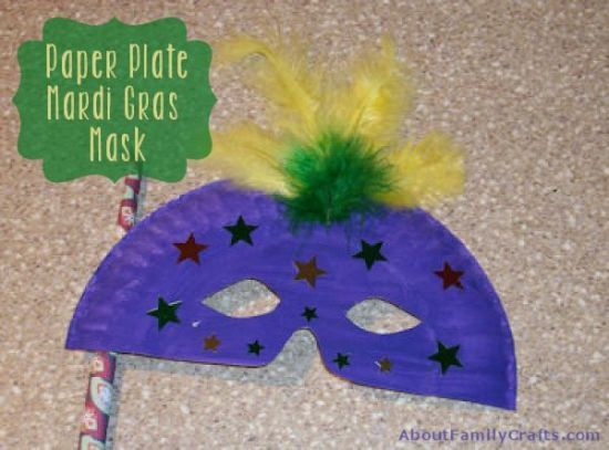 Paper Plate Mardi Gras Mask - All you need to make a fancy Mardi Gras mask is a paper plate, some paint, and some fun embellishments!