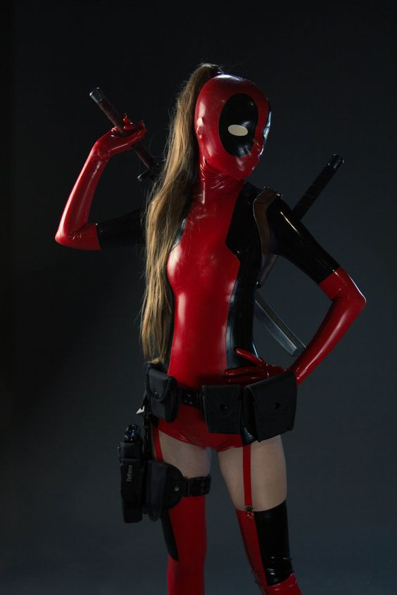 Lady Deadpool @Anime North 2013 02 by theARTofCARNAGE