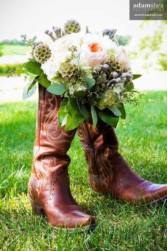 Brides' Choice Award Winner & TheKnot.com's Best of Weddings