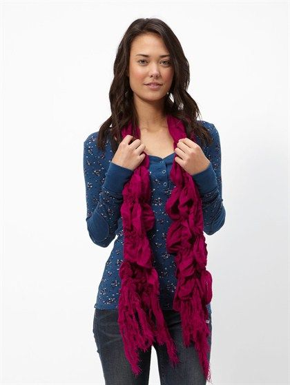 Cool scarf!!! Luv the color!!!