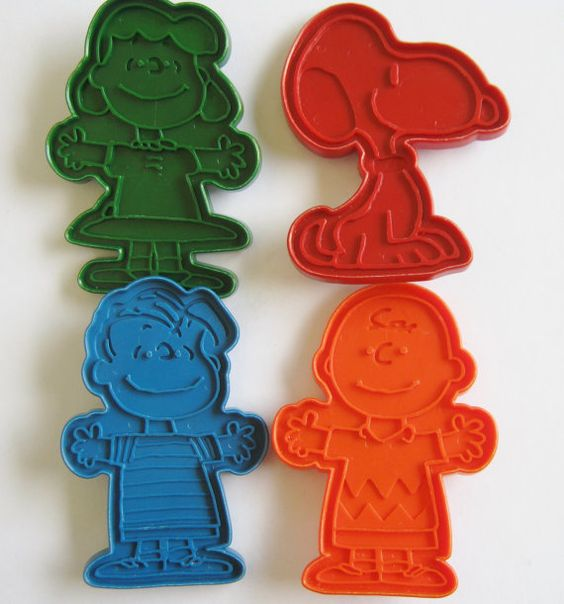 Vintage Peanuts Gang Cookie Cutters Snoopy Charlie by RambleCraft
