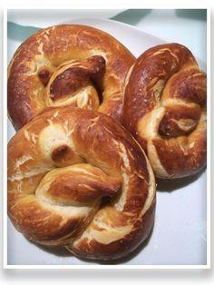 Los Bretzels son unos panes alemanes que están muy buenos.   También está la versión snacs, galletitas saladas y dulces.   Después de buscar...