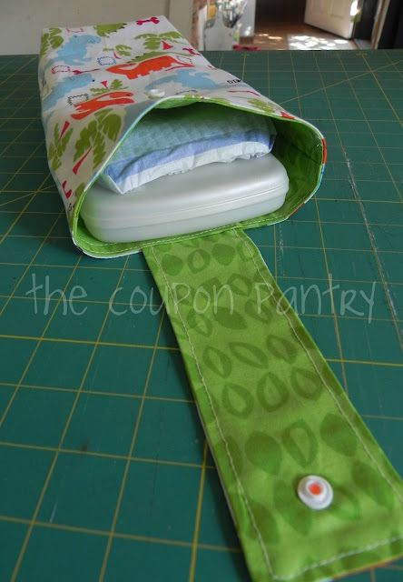Diaper holder OMG toooo cute. i dont have a baby but I still think its neat lol