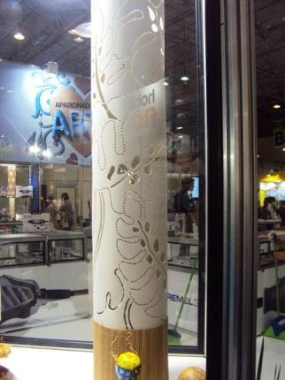 Você sabia que com uma boa ferramenta é possível criar luminárias lindas para decoração da sua casa? Feitas com PVC ou até mesmo cabaça de semente, essas luminárias ganham destaque em qualquer ambiente. A Dremel, marca de ferramentas do Grupo Bosch, - Veja mais em: http://www.vilamulher.com.br/artesanato/passo-a-passo/luminaria-de-pvc-passo-a-passo-17-1-7886495-165.html?pinterest-mat