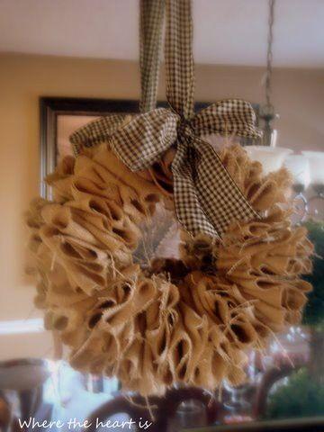 Burlap wreath christmas-cheer