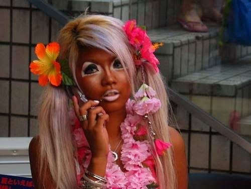 A Ganguro Girl Photo Source Unknown In 2020 Bad Makeup Fails Bad Makeup Ganguro Girl
