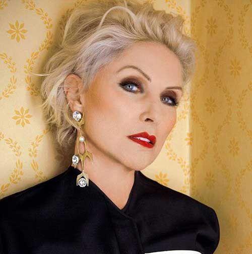 Elegante e Agradável Cortes de cabelo Curto para mulheres mais Velhas