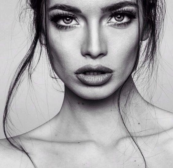 Eyes & lip