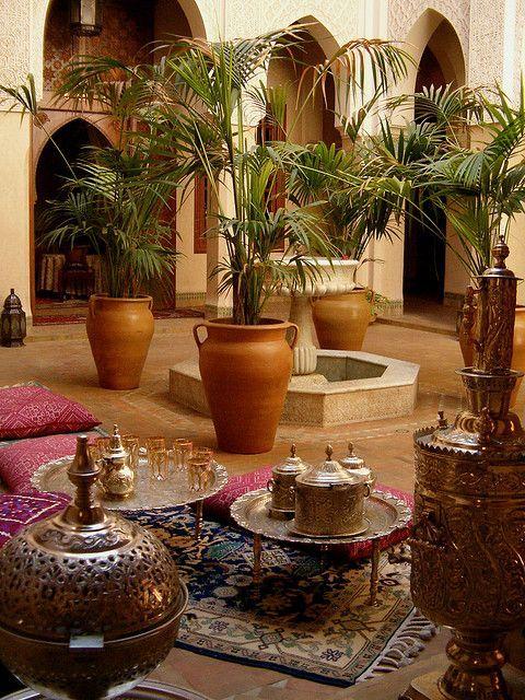 Seda y Nacar — mediterraneanfeel: Gorgeous Courtyard in...: