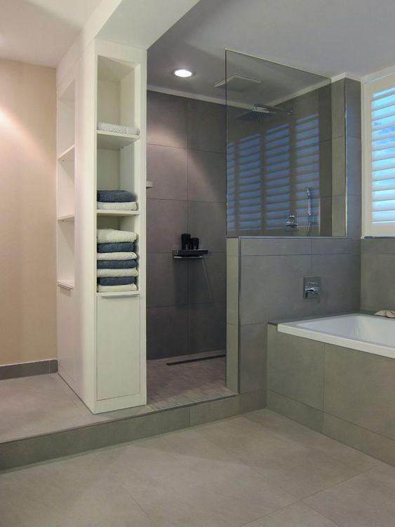Graue fliesen dusche badezimmer id e for Dusche idee