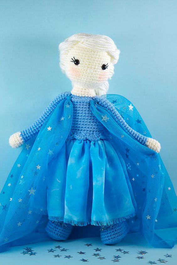 Crochet Elsa Amigurumi : Amigurumi, Crochet and Disney on Pinterest