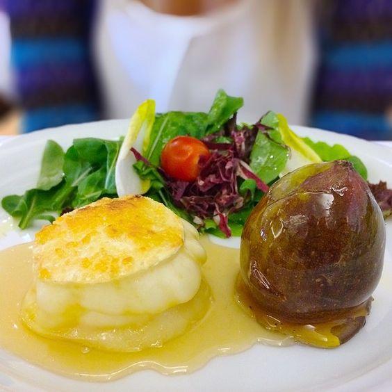 Brie With Figs And Arugula Salad @ Gero Cafe - Iguatemi