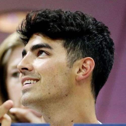 Joe Jonas Haircuts Men S Hairstyles Haircuts Swag Popularmenshairstyles Joe Jonas Mens Hairstyles Haircuts For Men