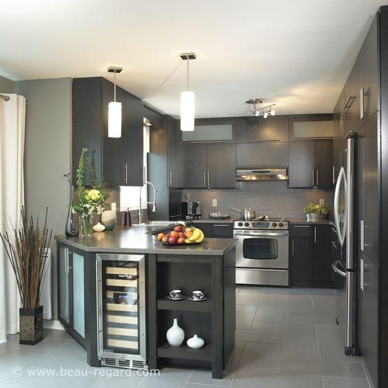 Armoire en bois plaqu mod le d armoires de cuisine for Placage cuisine