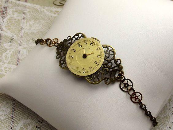 Steampunk Gears Clock Bracelet Gold Watch Face