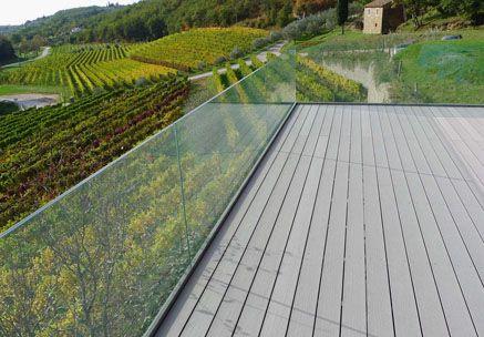 Private Terrasse mit Premium WPC Außendielen von MYDECK