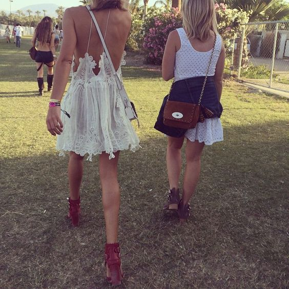 @chloe @coach @laurencedacadeparis red boots! #coachella2015 @megansenior @rosiehw