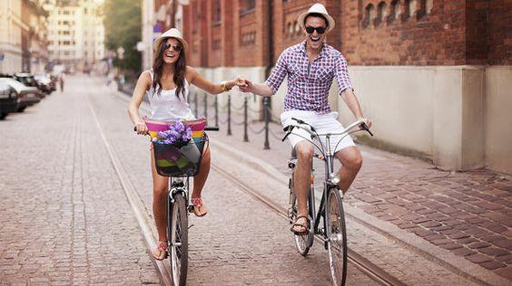 National Bike Month: Photos Ideas, Happy Couple, Relationship Guide, Herbeauty Relationships, Enamoramiento La, Couple, Frases De Amor Para El Esposo, Parejas Enamoradas