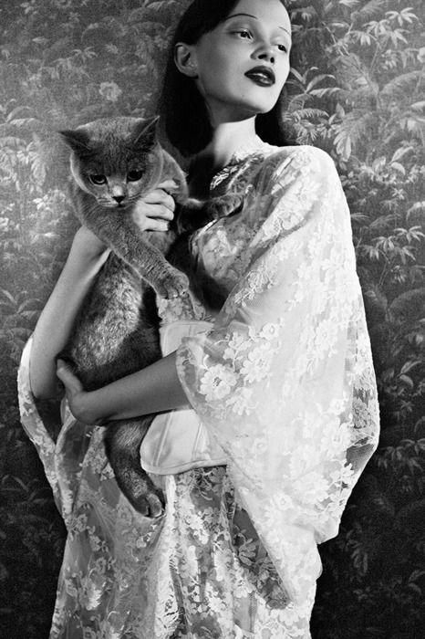 Ranya Mordanova: The Lover - Tiger by Esperanza Moya, Fall 2011  Ranya is such an amazing model to watch in action, love her.