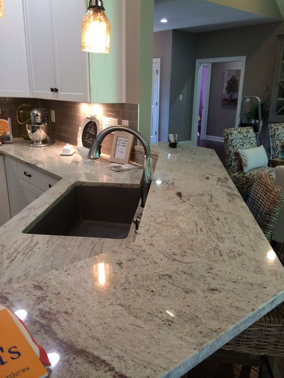 River White Polished Granite Countertops With Raised Bar