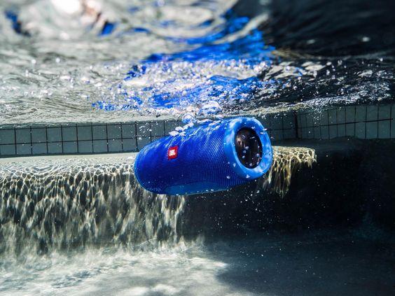 Amazon | 【国内正規品】JBL CHARGE3 Bluetoothスピーカー IPX7防水機能 パッシブラジエーター搭載…