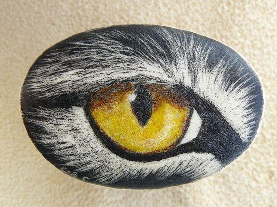 #scrimshaw, Gele #Schloetmann, #Katzenauge scrimshaw from Gele Schloetmann, #cat's #eye