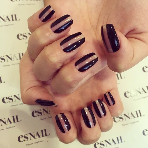 #nails #Nailart #gelnail #japanesenail #esnail #joseeber #beverlyhills #blacknail #uniquenail #simpleart #design #ネイルアート #ユニークネイル #ブラックネイル #個性派ネイル