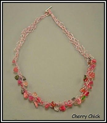 Cherry Chick: How to make a crocheted necklace