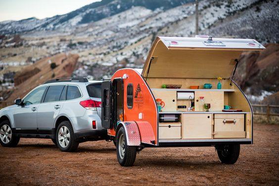 Mini Keuken Camper : est la solution. R?alis?e en aluminium et en bois, cette mini