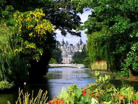 Check out St James's Park on VisitBritain's LoveWall!