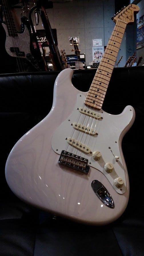 Travel Guitar Amplifier Guitarcenter Travelguitar In 2020 Fender Guitars Fender Electric Guitar Electric Guitar
