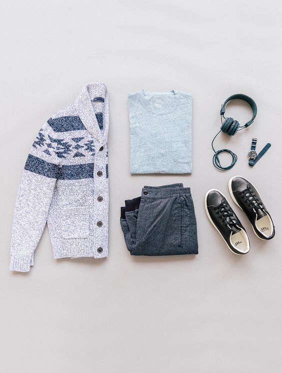We love light layers and subtle details. Shop all new menswear arrivals from Gap. | #lyoness