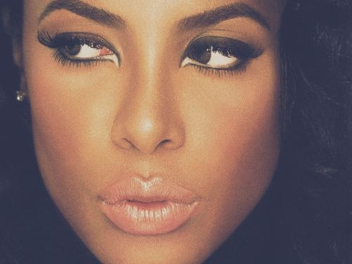 "Aaliyah's skin & make-up in ""We Need A Resolution"" were flawless! #11Years #MissedSoMuch #Gorgeous"