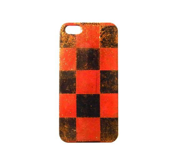 しっとりとした手触りの白檀塗iPhoneケースです。<iPhone5.5s対応>白檀塗(びゃくだんぬり)とは、金箔・銀箔・金泥(こんでい)などを施...|ハンドメイド、手作り、手仕事品の通販・販売・購入ならCreema。