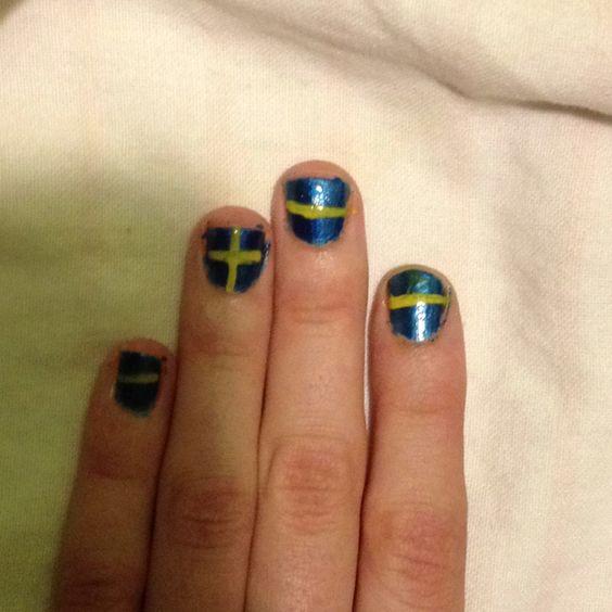 Swedish Flag Nails