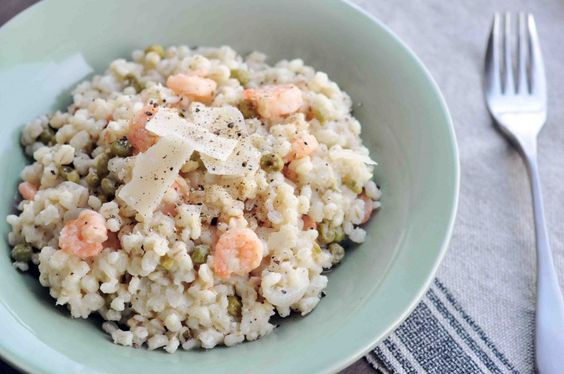 pearl barley risotto with peas & shrimp (easy, delicious and healthy!)
