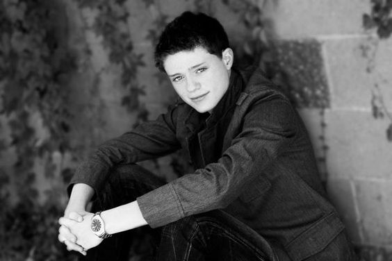 Sean Berdy... I want to meet him soooooooo badly!!!! He seems like the sweetest guy!!