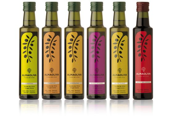 Etiquetas para aceites de oliva y aceto balsámico.