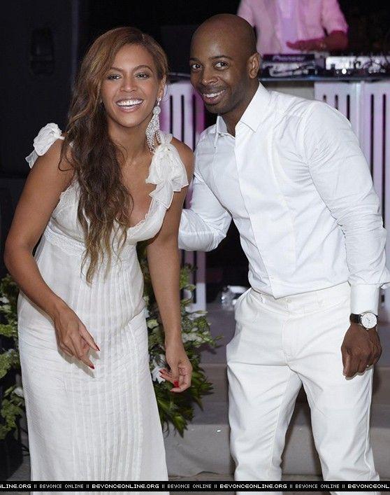 Kelly Rowland S Wedding Beyonce Online Photo Gallery Beyonce Beyonce Queen Kelly Rowland