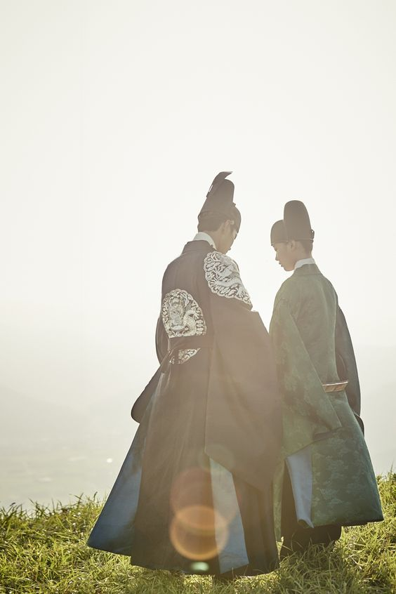 """park bogum and kim yoojung in moonlight drawn by clouds ✧ behind the scenes""1000 x 1500"" "":"