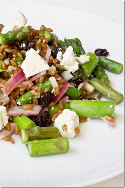 Asparagus salad with Wheat Berries, Raisins and Pickled Onions