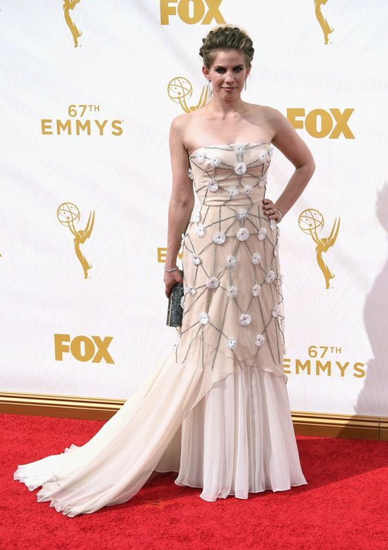 Pin for Later: Seht alle TV-Stars bei den Emmy Awards Anna Chlumsky