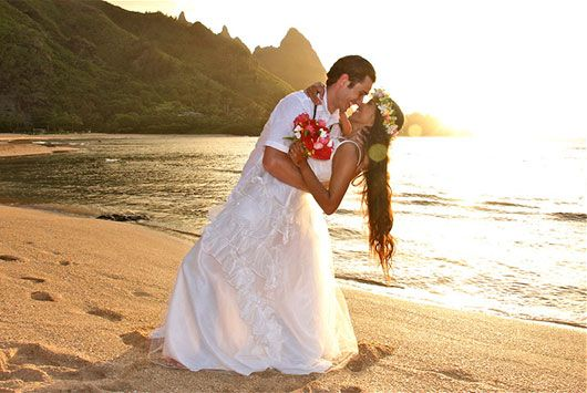 Tunnels Beach Kauai Wedding Planner Hawaii Weddings