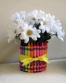 Craft, Interrupted: Back-to-School Decor: Crayon Vases & Fabric Apples