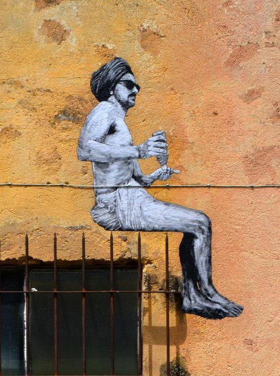 Levalet #ravenectar #streetart #art #graffiti: