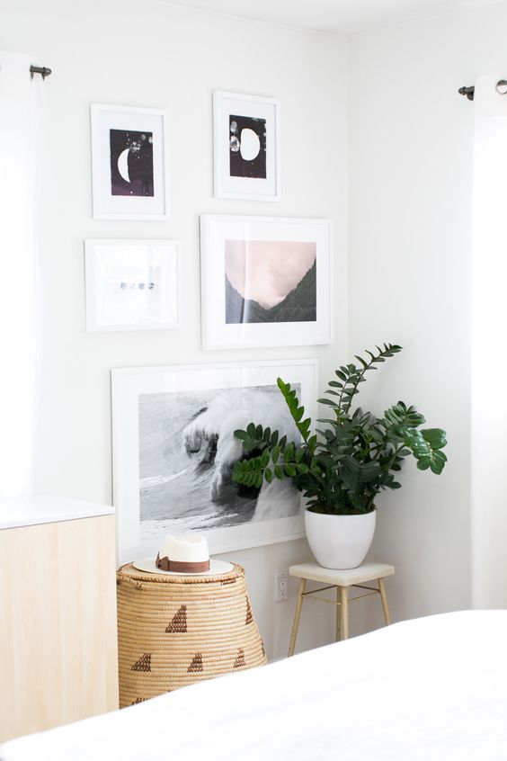 #gallery-wall, #artwork, #bedroom Photography: Monica Wang - www.monicawangphotography.com Read More: http://www.stylemepretty.com/living/2014/06/10/behind-the-blog-with-design-love-fest/:
