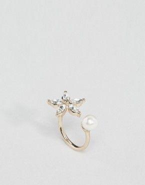 Oasis Pearl & Flower Ring