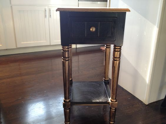 South Shore Decorating Blog: $19 Table Makeovers with Spray Paint and Rub 'n Buff