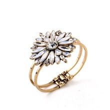 Festa de alta qualidade Dazzling pulseiras para mulheres pulseira pequeno lote misto de lojas de fábrica(China (Mainland))